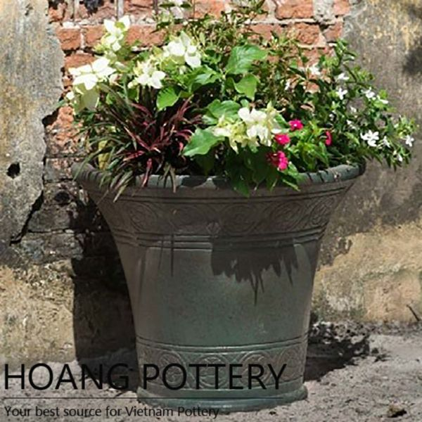 Wonderful and creative spring container ideas