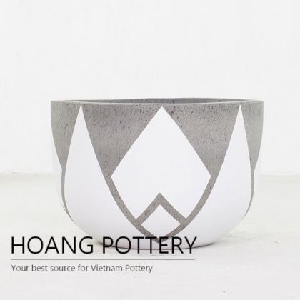 Short Round Cement Painting Pots - Crown With Extra Points